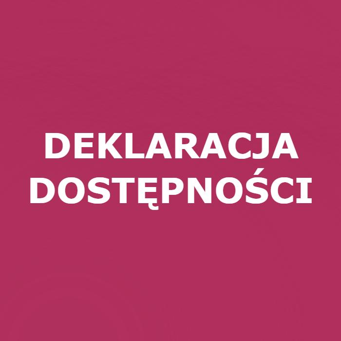 Biały tekst na różowym tle: deklaracja dostępności